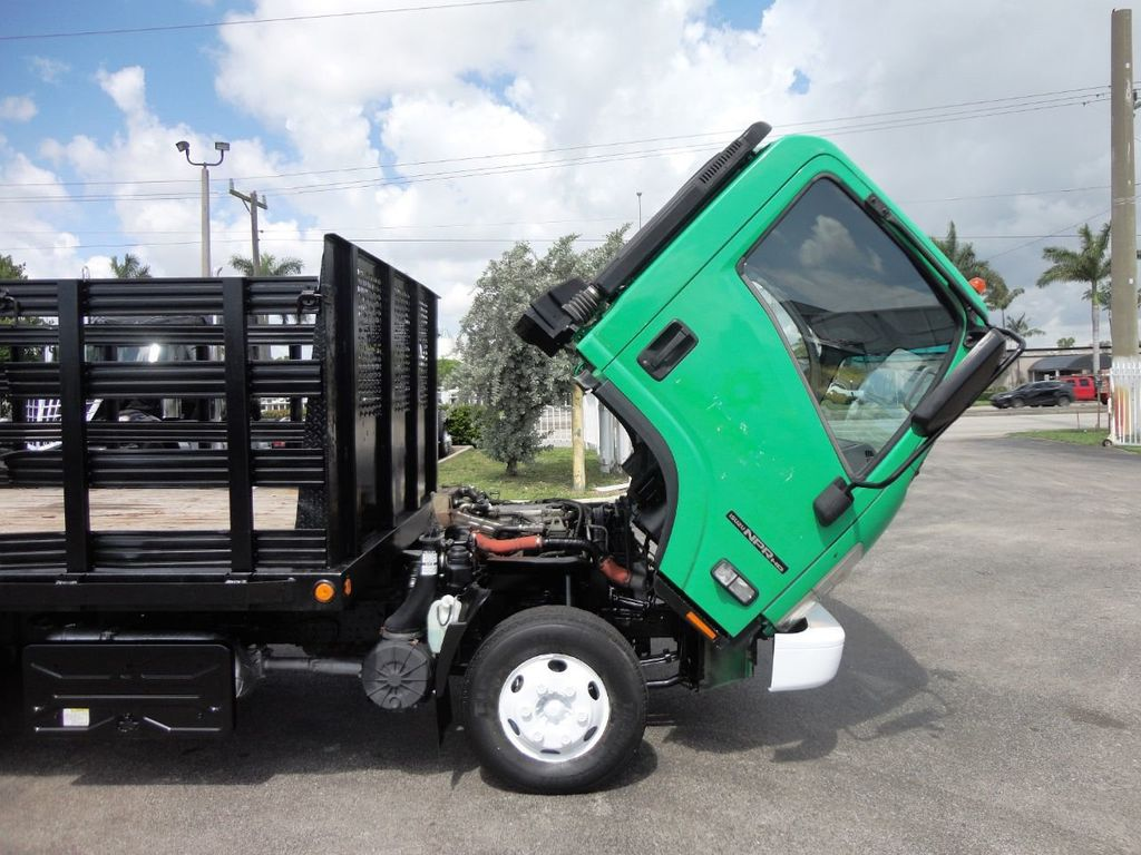 2011 Isuzu NPR HD 16FT FLATBED STAKE BED WITH LIFTGATE..STAKE TRUCK. - 18910798 - 18