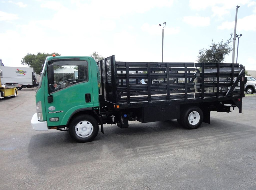 2011 Isuzu NPR HD 16FT FLATBED STAKE BED WITH LIFTGATE..STAKE TRUCK. - 18910798 - 4