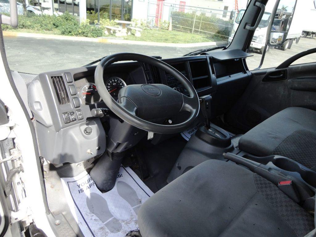 2011 Isuzu NRR 20FT DRY BOX CARGO TRUCK..2500LB TUCK UNDER LIFTGATE - 18433753 - 29