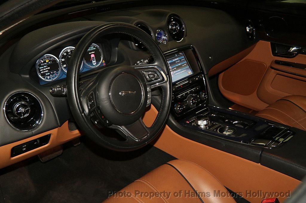 2011 Jaguar XJ 4dr Sedan - 17213006 - 21