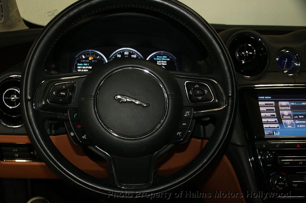 2011 Jaguar XJ 4dr Sedan - 17213006 - 30