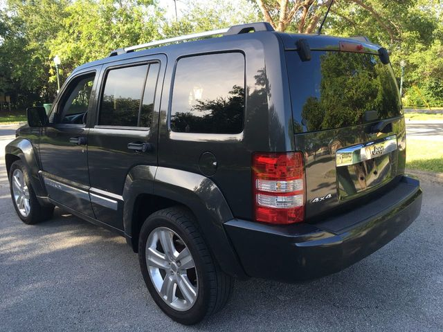2011 Jeep Liberty 4WD 4dr Sport Jet - Click to see full-size photo viewer