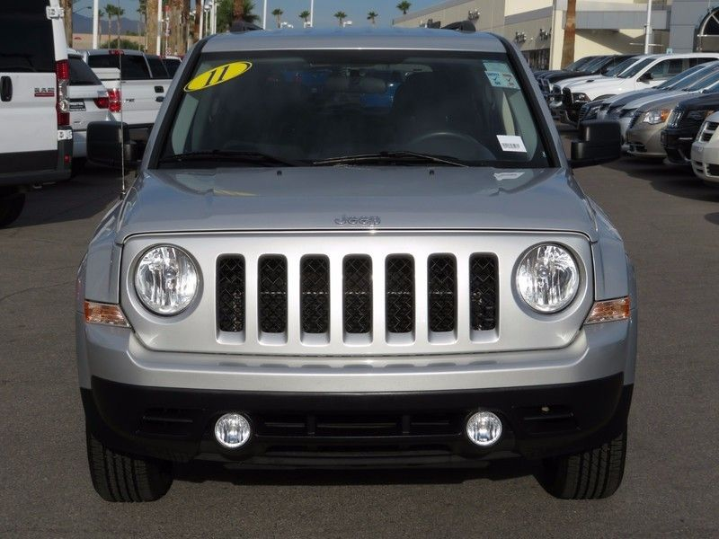 2011 Jeep Patriot FWD 4dr Sport - 17002657 - 1