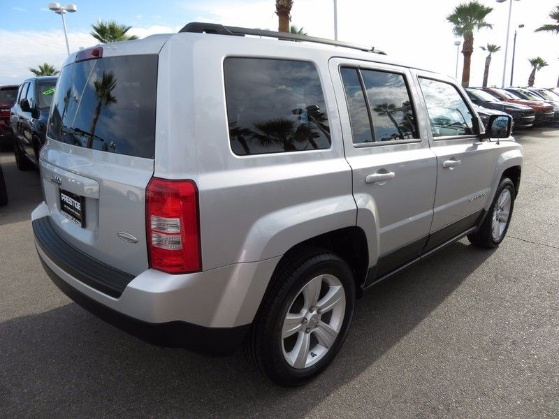 2011 Jeep Patriot FWD 4dr Sport - 17002657 - 4