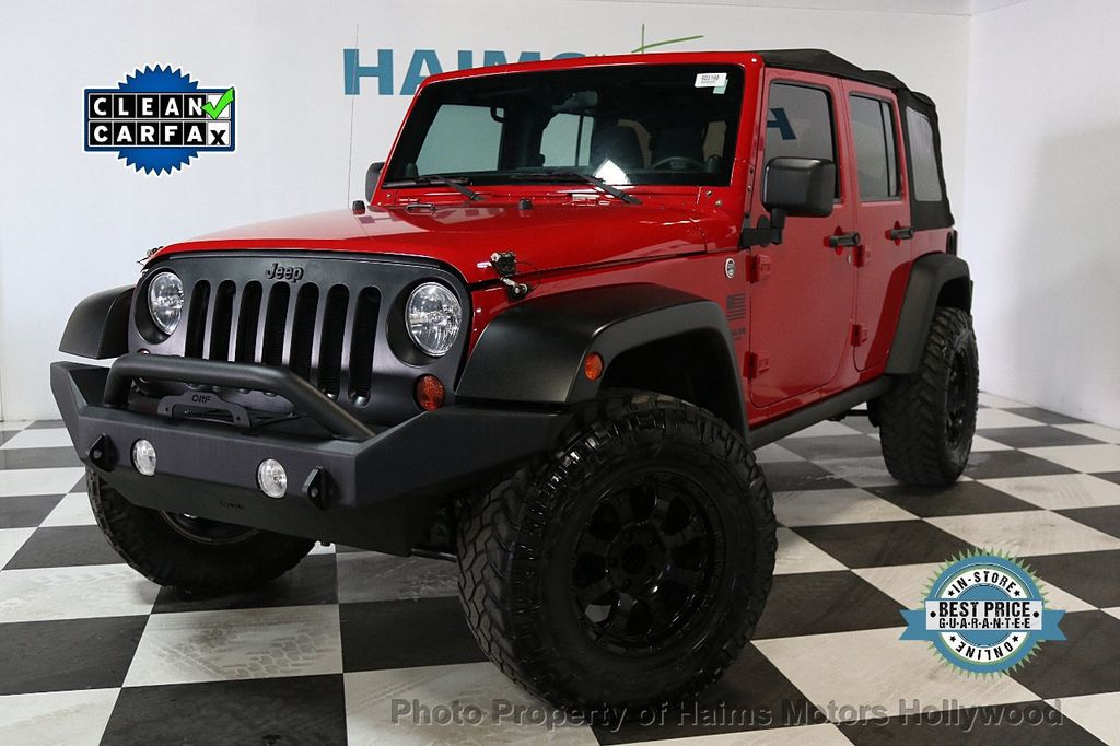 2011 Jeep Wrangler Unlimited 4WD 4dr Mojave - 17740311 - 1