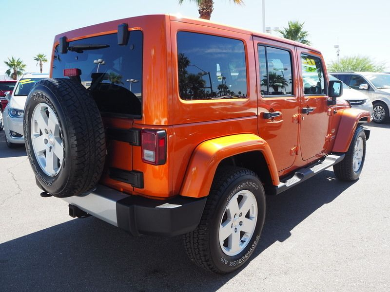 2011 Jeep Wrangler Unlimited 4WD 4dr Sahara - 17714640 - 11