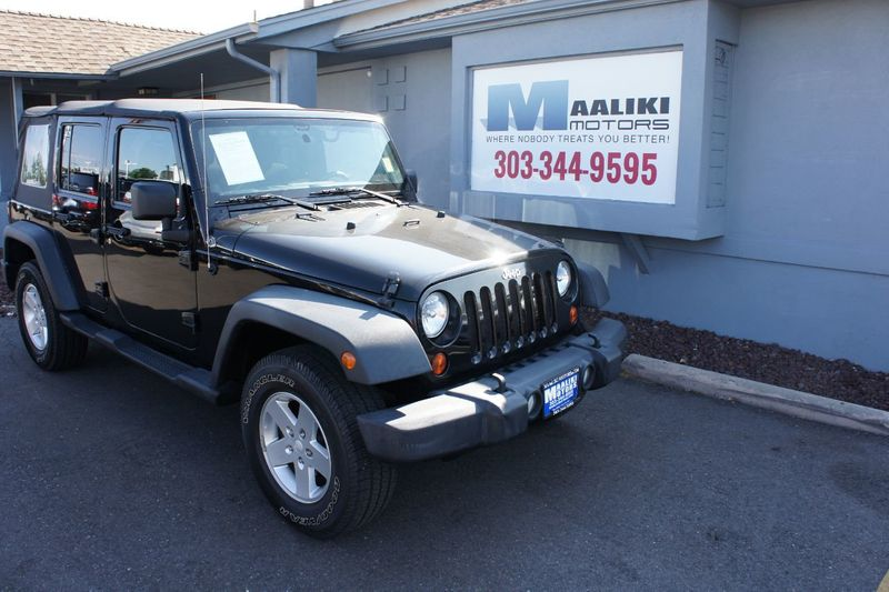 2011 Jeep Wrangler Unlimited 4WD 4dr Sport - 17971184