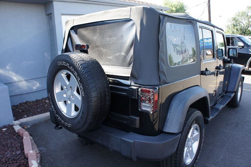 2011 Jeep Wrangler Unlimited 4WD 4dr Sport - 17971184 - 3