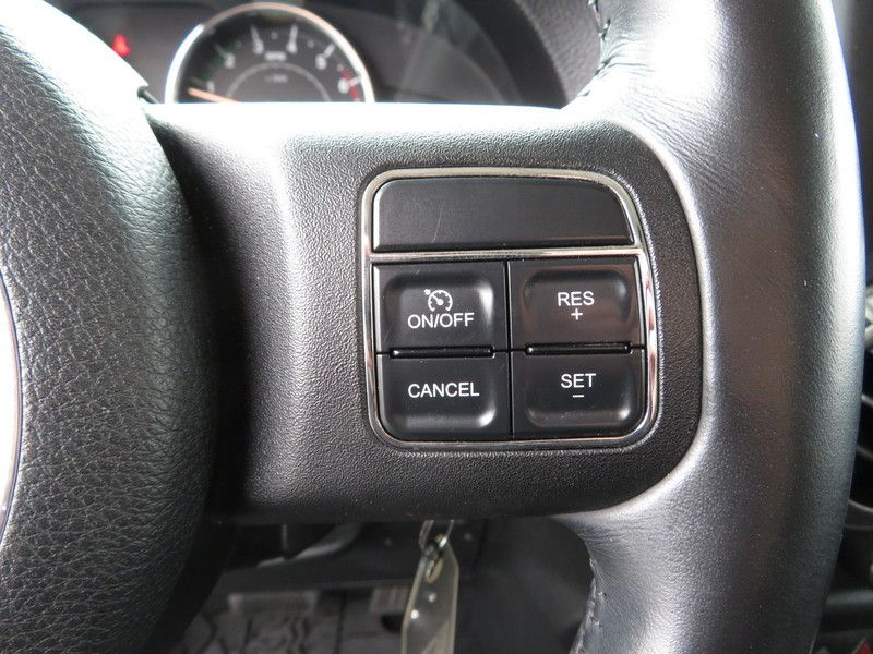 2011 Jeep Wrangler Unlimited 4WD 4dr Sport - 17311387 - 20