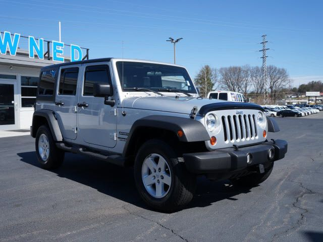 2011 Jeep Wrangler Unlimited 4WD 4dr Sport - 11851672 - 0