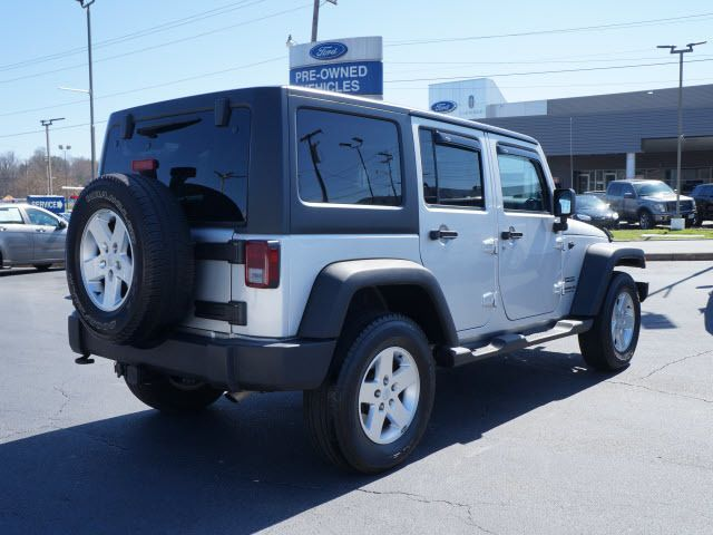 2011 Jeep Wrangler Unlimited 4WD 4dr Sport - 11851672 - 1