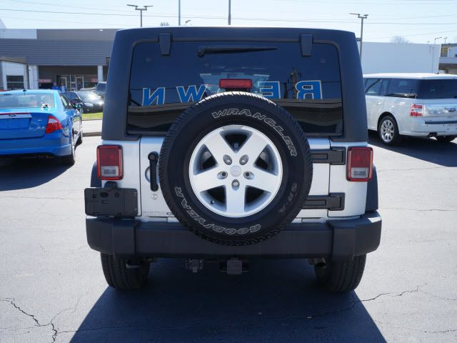 2011 Jeep Wrangler Unlimited 4WD 4dr Sport - 11851672 - 20