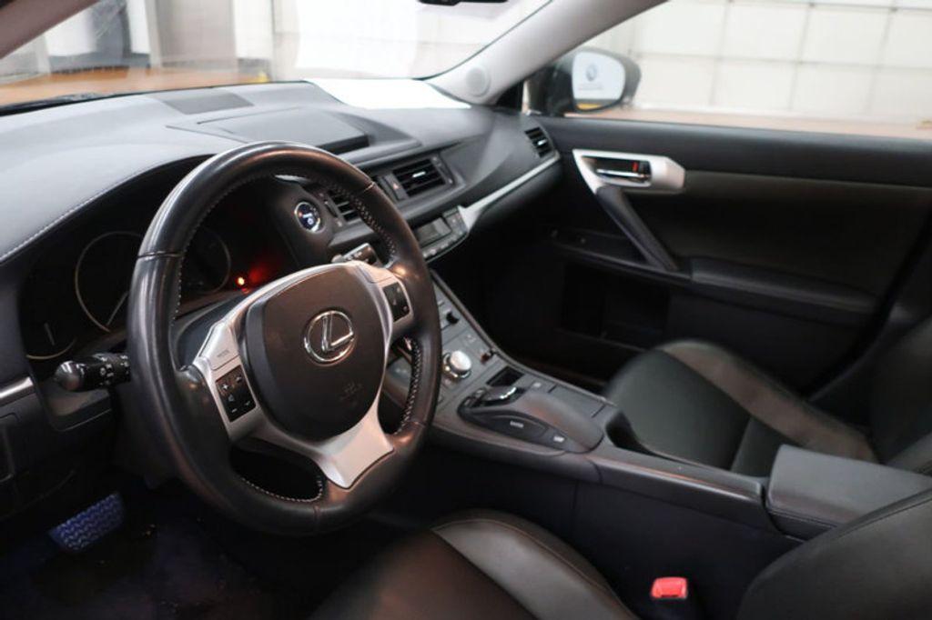 2011 Lexus CT 200h FWD 4dr Hybrid - 17038331 - 9