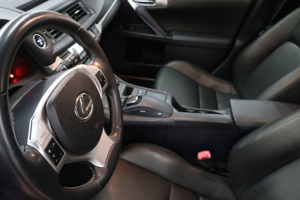 2011 Lexus CT 200h FWD 4dr Hybrid - 17038331 - 10