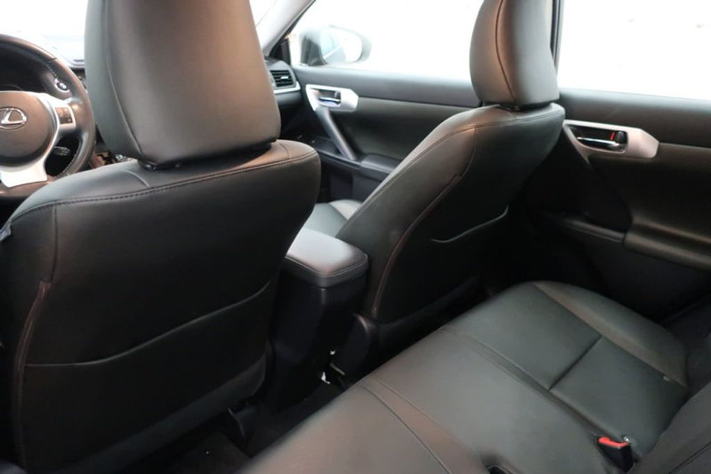2011 Lexus CT 200h FWD 4dr Hybrid - 17038331 - 18