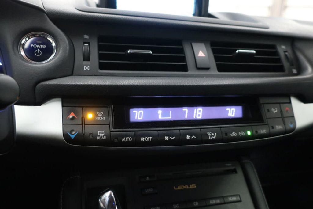 2011 Lexus CT 200h FWD 4dr Hybrid - 17038331 - 30