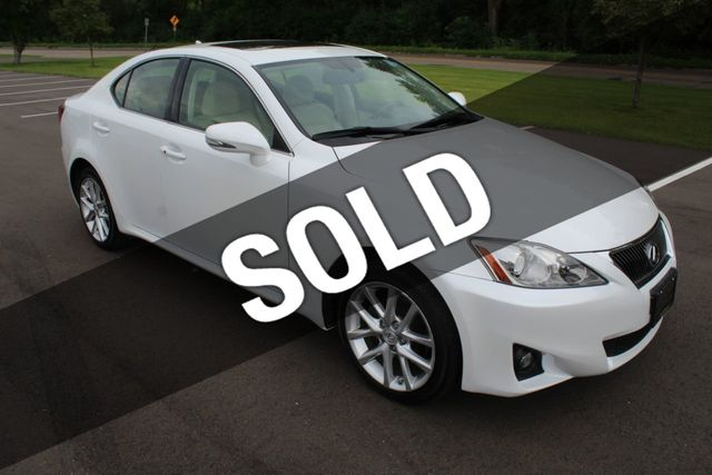 2011 Lexus IS 250 ONE OWNER AWD LEATHER MOONROOF