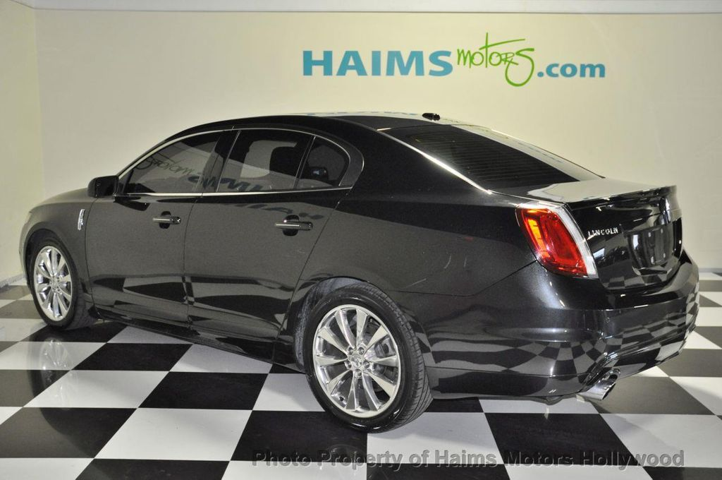 used fwd family at detail sedan serving lincoln automotive st mks