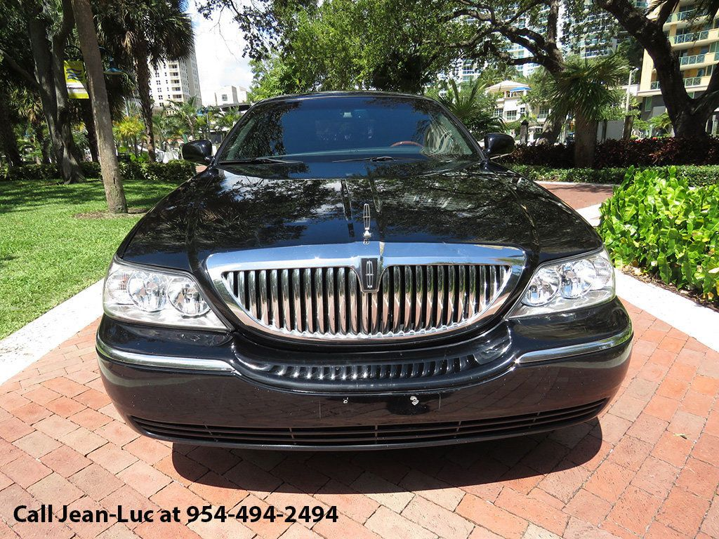 2011 Used Lincoln Town Car 4dr Sedan Signature L At Choice Auto