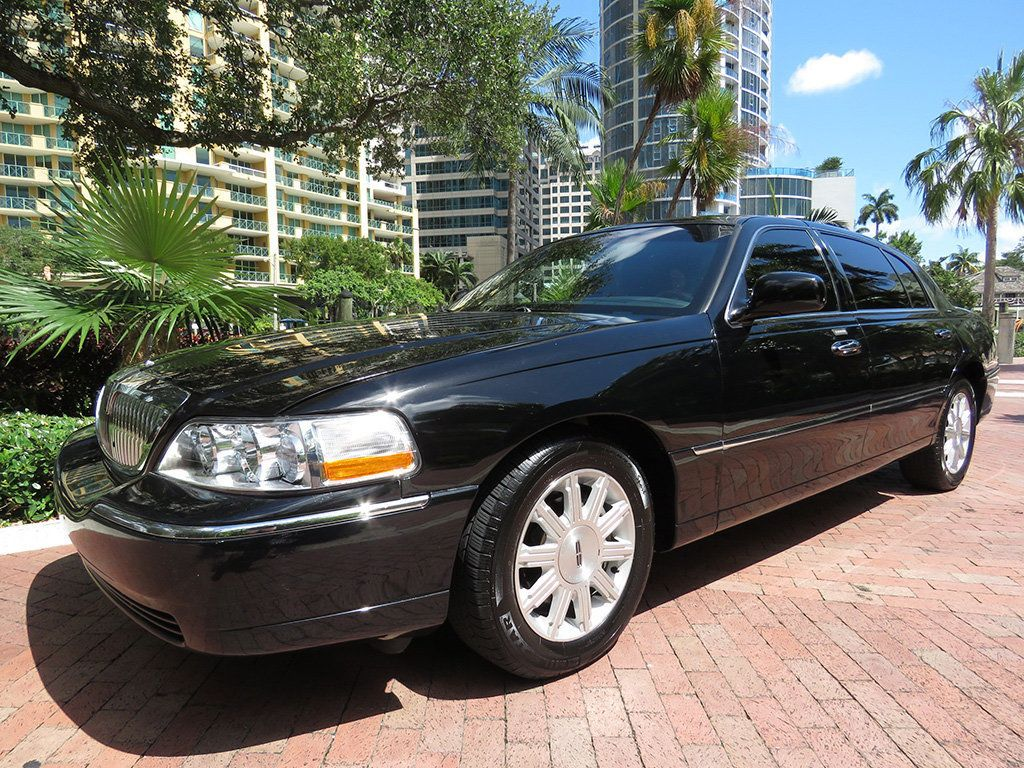 2011 Used Lincoln Town Car 4dr Sedan Signature L At Choice