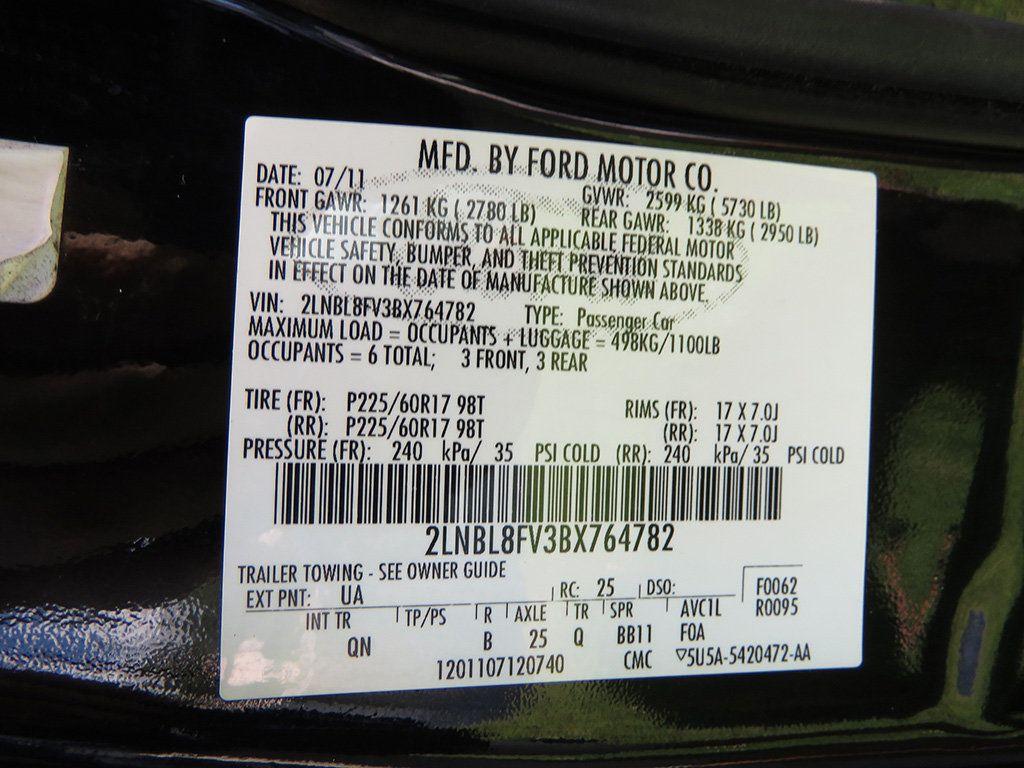 2011 Lincoln Town Car 4dr Sedan Signature L - 16707280 - 45