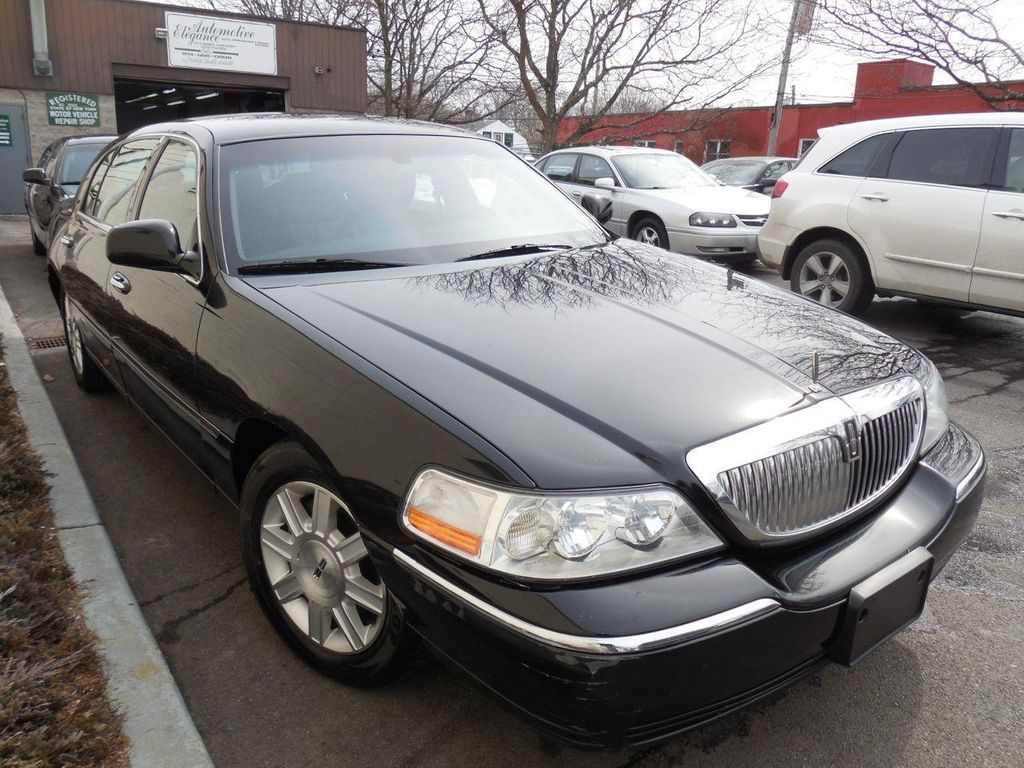 2011 Lincoln Town Car 4dr Sedan Signature L For Sale Pound Rim Ridge Ny 7995