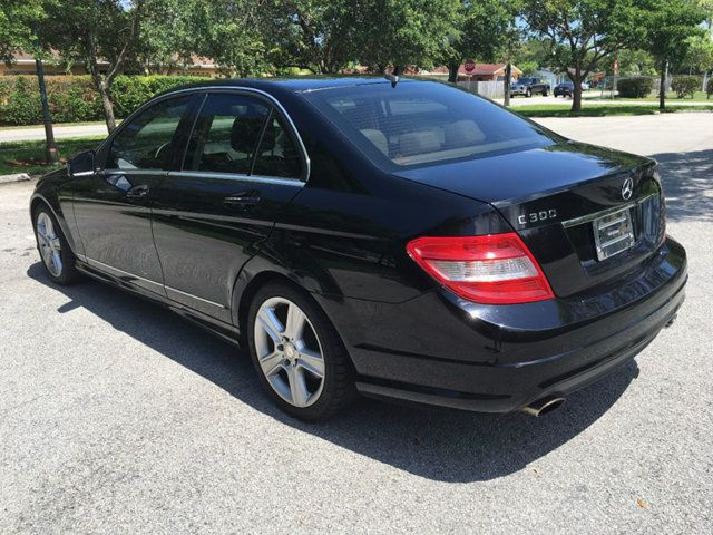 2011 Mercedes-Benz C-Class 4dr Sedan C300 Luxury RWD - Click to see full-size photo viewer