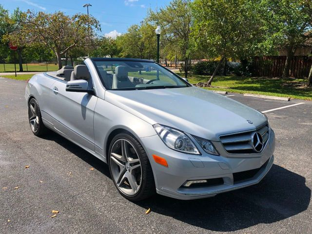 2011 Mercedes-Benz E-Class  - Click to see full-size photo viewer