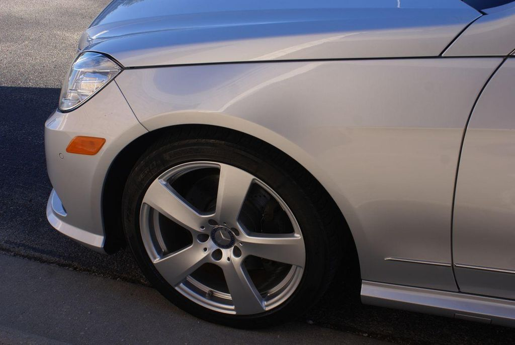 2011 Mercedes-Benz E-Class E350 4MATIC - 11086159 - 24