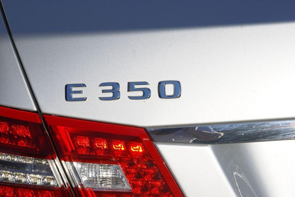 2011 Mercedes-Benz E-Class E350 4MATIC - 11086159 - 32