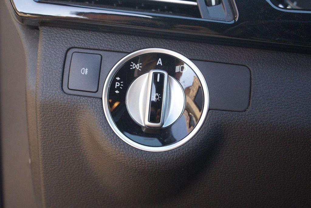 2011 Mercedes-Benz E-Class E350 4MATIC - 11086159 - 53