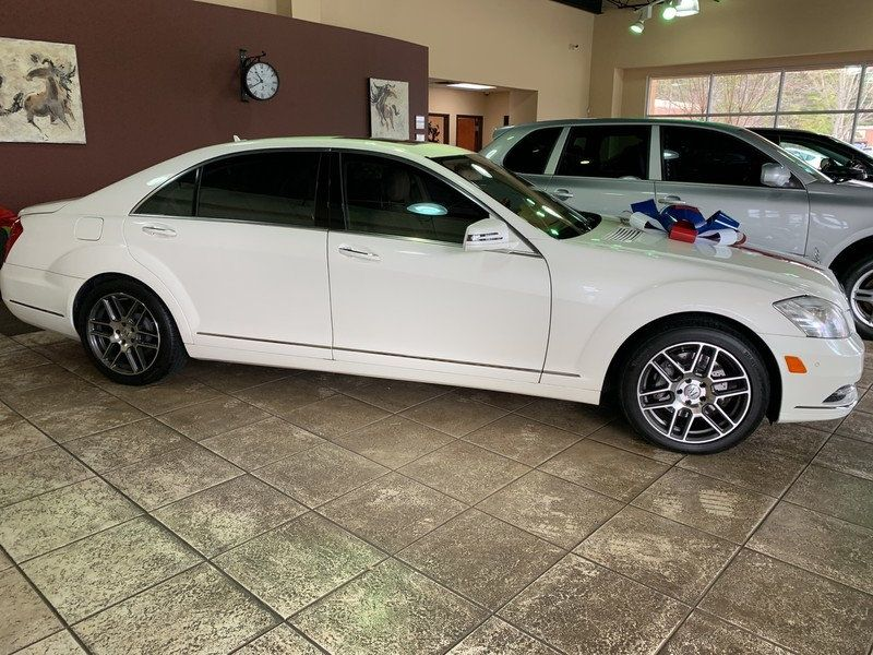 2011 Mercedes-Benz S-Class 4dr Sedan S 550 RWD - 19607843 - 11