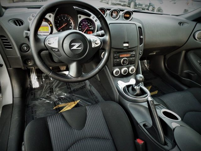 2011 Nissan 370Z 2dr Coupe Manual - Click to see full-size photo viewer