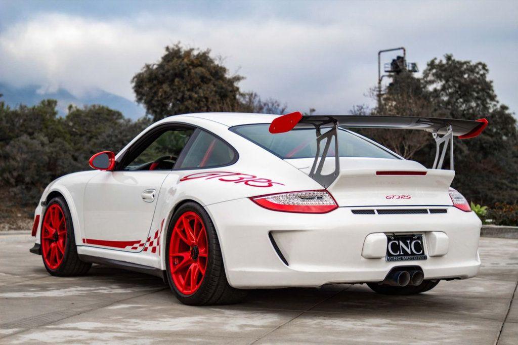 2011 Porsche 911 2dr Coupe GT3 RS - 18523790 - 4