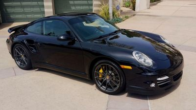 2011 Porsche 911 911 TURBO S - Click to see full-size photo viewer