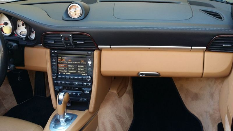 2011 Porsche 911 TURBO S CAB Turbo Cabriolet - 17412511 - 29