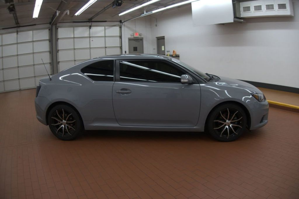 2011 Scion tC 2DR HB MT - 17218253 - 6