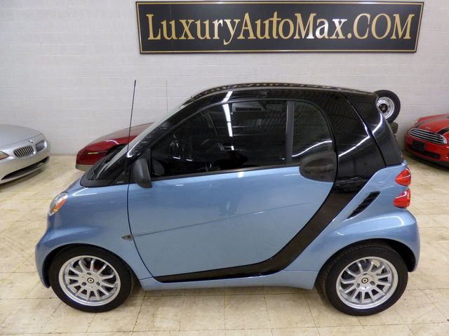 2011 smart Fortwo 4 NEW TIRES AUTOCHECK CERTIFIED  - Click to see full-size photo viewer