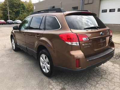 2011 Subaru Outback 4dr Wagon H4 Automatic 2.5i Prem AWP - Click to see full-size photo viewer