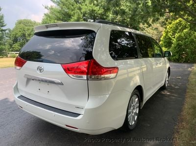 2011 Toyota Sienna 5dr 7-Passenger Van V6 Ltd FWD - Click to see full-size photo viewer
