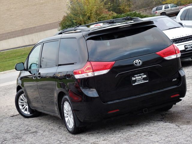 2011 Toyota Sienna XLE - Click to see full-size photo viewer