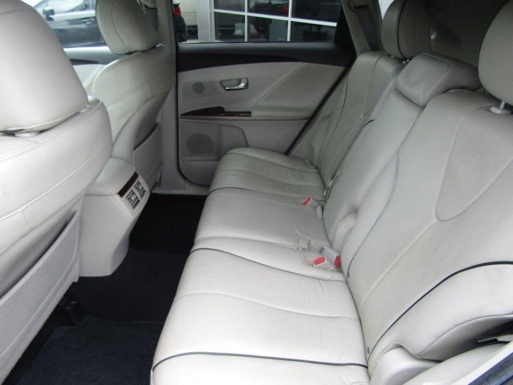 2011 Toyota Venza 4dr Wagon V6 FWD - 17796689 - 12