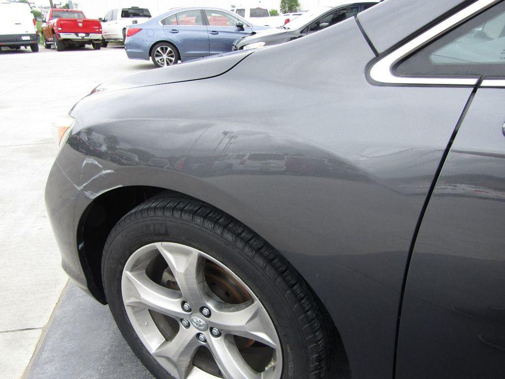 2011 Toyota Venza 4dr Wagon V6 FWD - 17796689 - 33