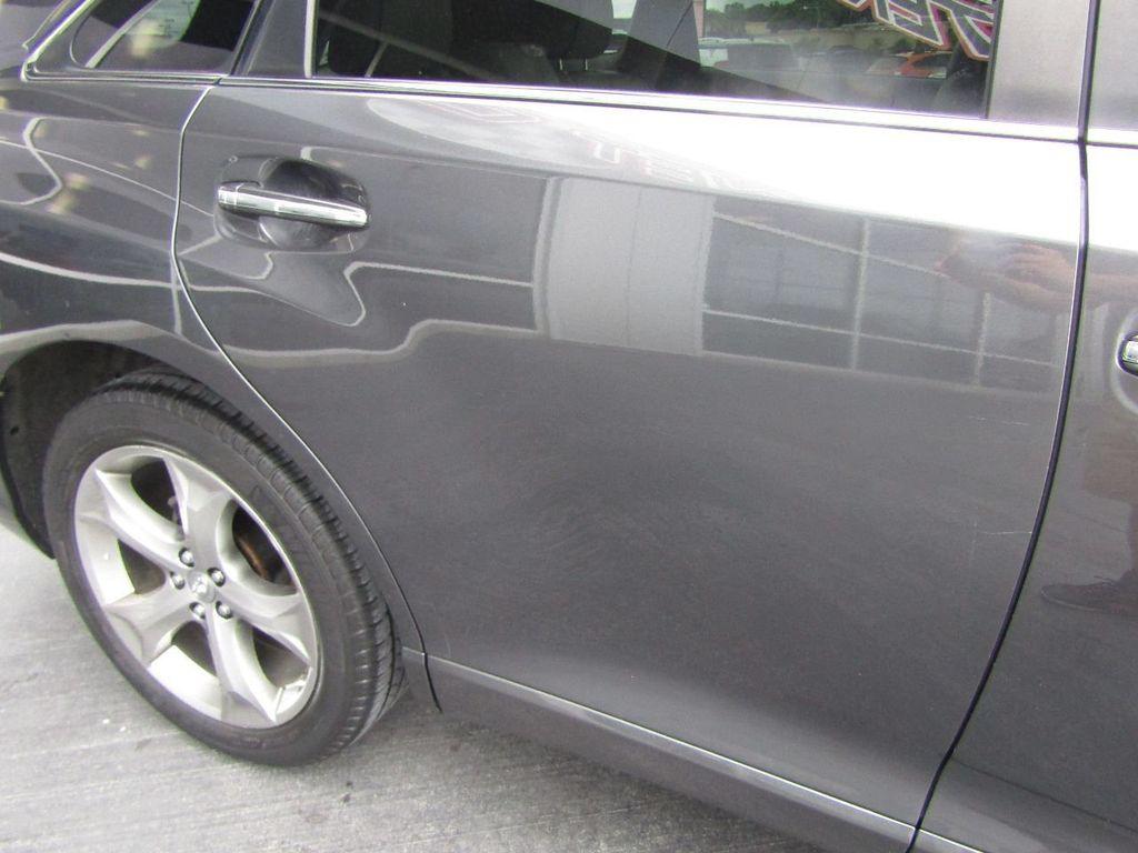 2011 Toyota Venza 4dr Wagon V6 FWD - 17796689 - 39