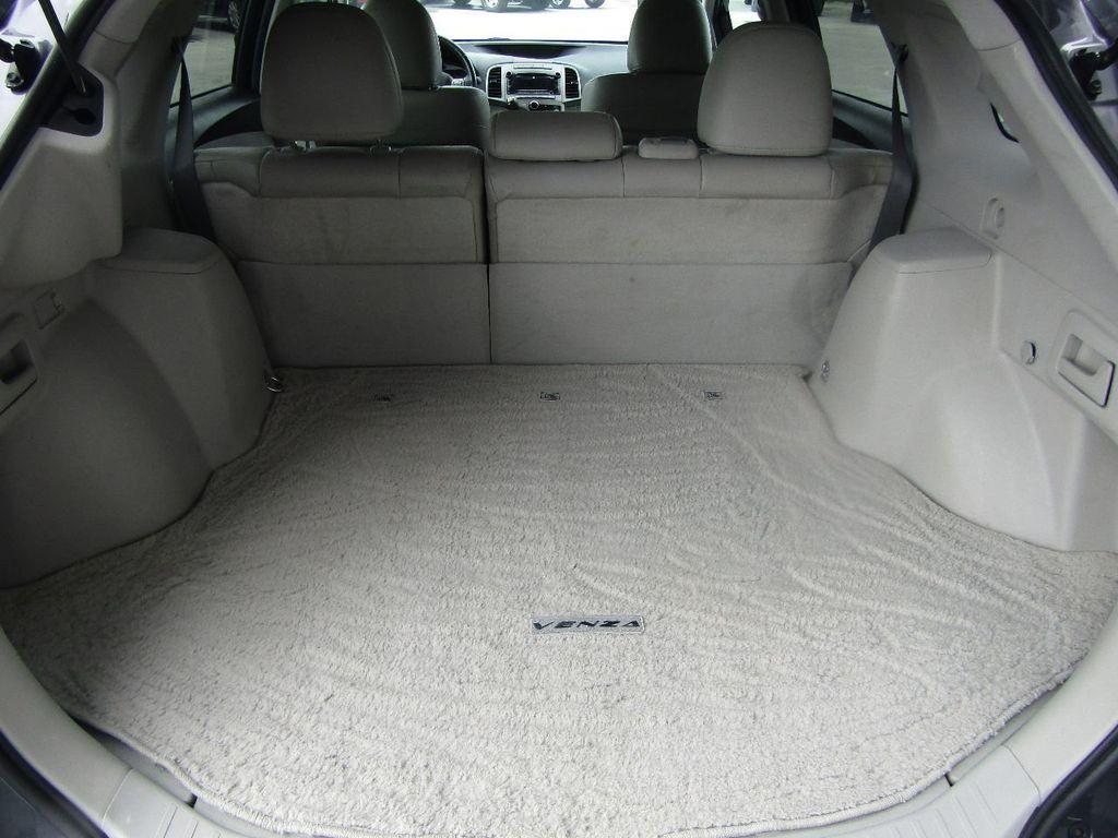 2011 Toyota Venza 4dr Wagon V6 FWD - 17796689 - 4