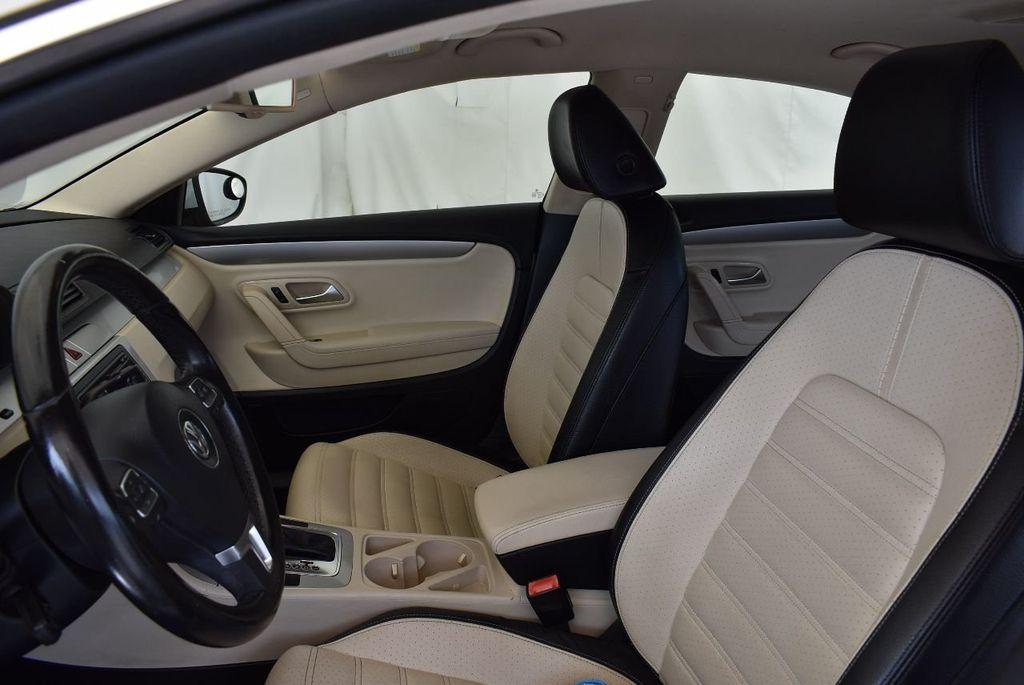 2011 Volkswagen CC 4dr Sedan DSG R-Line - 17090291 - 11