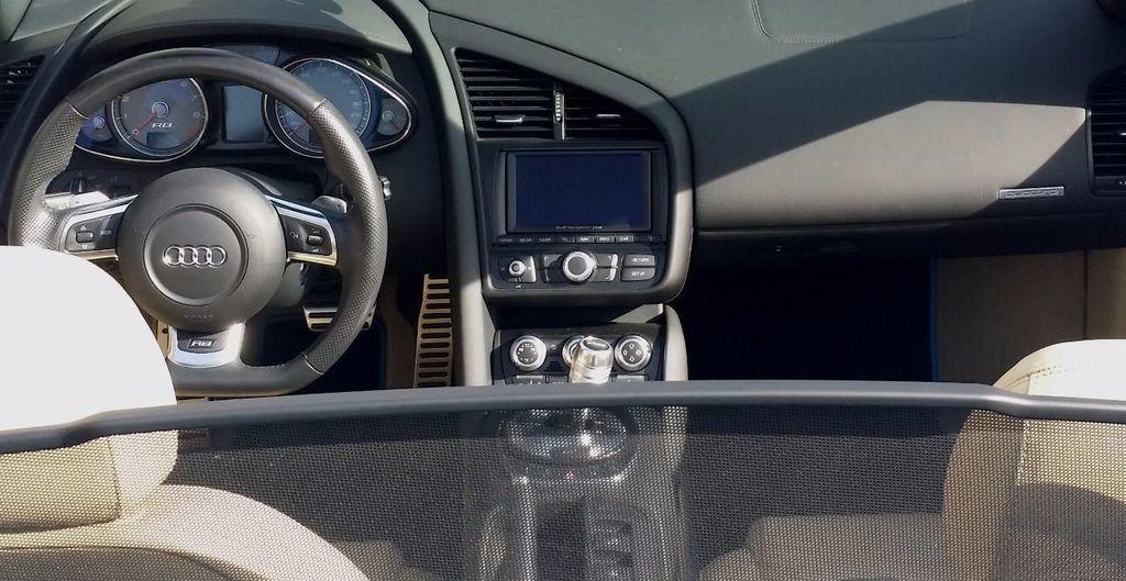 2012 Audi R8 Spyder 2dr Conv Auto quattro Spyder 4.2L - 16148960 - 15