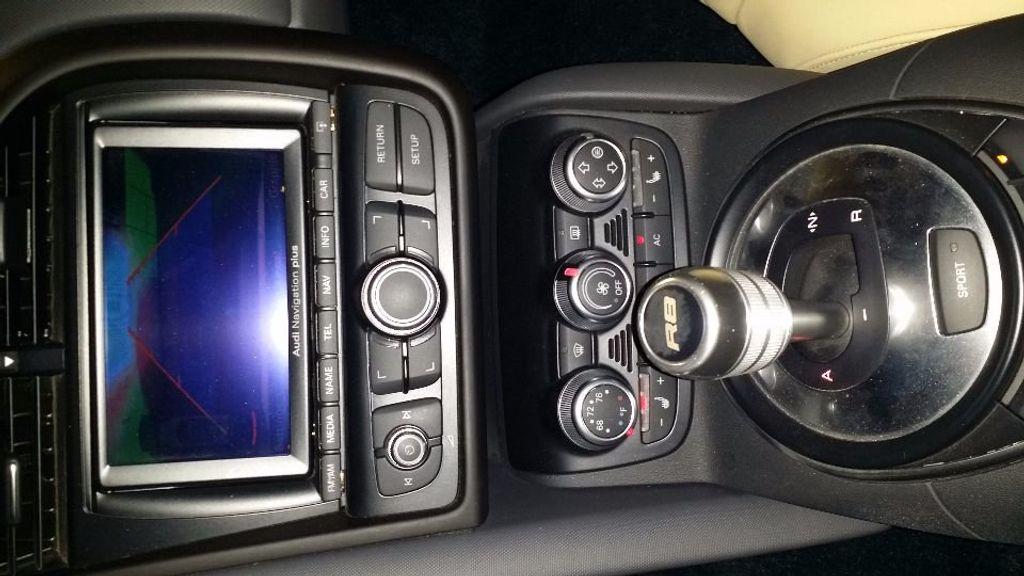2012 Audi R8 Spyder 2dr Conv Auto quattro Spyder 4.2L - 16148960 - 17