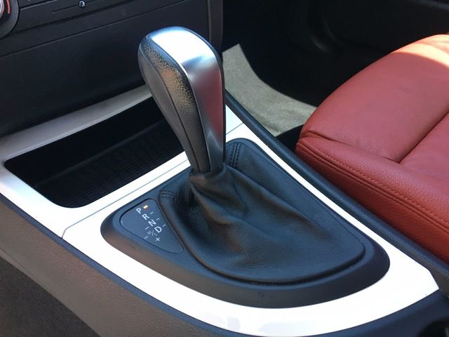2012 BMW 1 Series 128i - Click to see full-size photo viewer