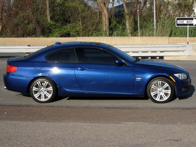 2012 BMW 3 Series 335i xDrive - 19485168 - 9